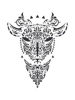 ポリネシア風イラストの雄牛の入れ墨