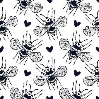 범블 비와 귀여운 하트는 장식용 손으로 그린 스타일로 매끄러운 패턴입니다. 흑백 벌이 있는 블록 프린트 텍스타일 디자인.