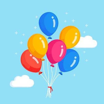 ヘリウム気球の束、雲と空を飛んでいる空気球。お誕生日おめでとうございます。パーティーの装飾