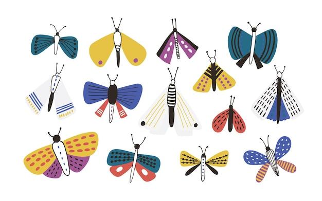 흰색 배경에 고립 된 밝은 색 만화 나방의 번들. 화려한 날개, 나비와 이국적인 야행성 비행 곤충의 집합입니다. 간단한 낙서 스타일의 자연 벡터 일러스트입니다.