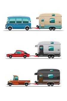 Набор туристических прицепов, туристических передвижных домов или караванов на белом фоне