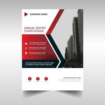赤の幾何学的形状を持つビジネスパンフレットのテンプレート