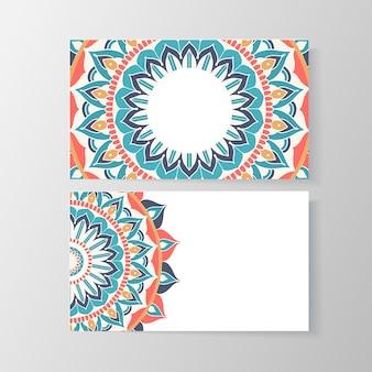 Визитная карточка с цветочным узором мандалы. шаблон объявления, телефон и адрес, номер и электронная почта. векторная иллюстрация