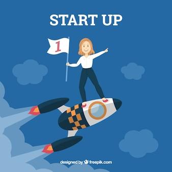 Бизнес-концепция с женщиной на ракете