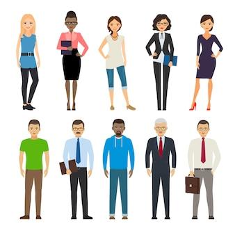 Деловые одетые и повседневно одетые люди