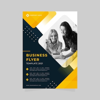 Шаблон печати бизнес-флаера с женщинами