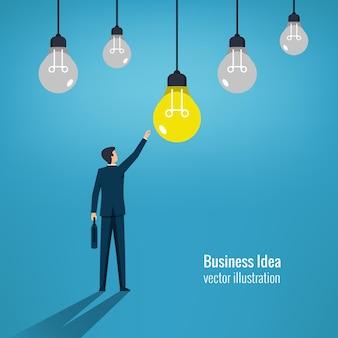 Бизнес-идея концепции, бизнесмен, достигнув иллюстрации символа лампы