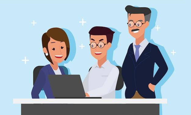 비즈니스 남성은 노트북으로 비즈니스 여성에게 여성을 가르치고