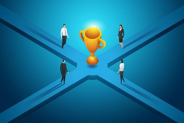 ビジネスの人々は大きなトロフィーの競争の成果への道を歩いています。等尺性の概念図