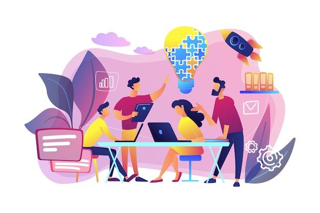 ビジネスチームは、ジグソーパズルからアイデアと電球をブレインストーミングします。作業チームのコラボレーション、企業の協力、同僚の相互支援の概念。明るく鮮やかな紫の孤立したイラスト