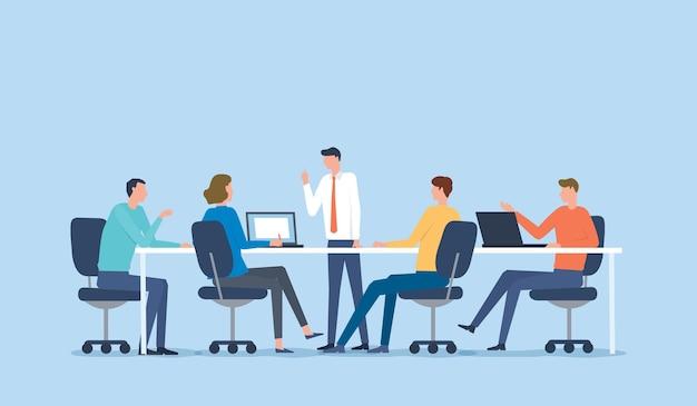 프로젝트 브레인 스토밍 개념에 대한 비즈니스 팀 회의