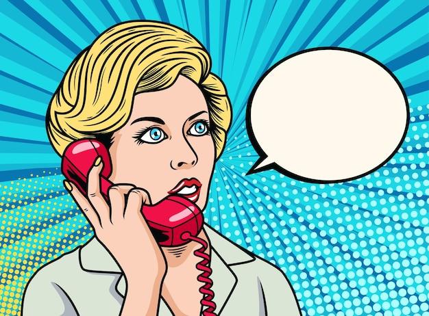 Деловая женщина разговаривает по телефону. поп-арт значок иллюстрации