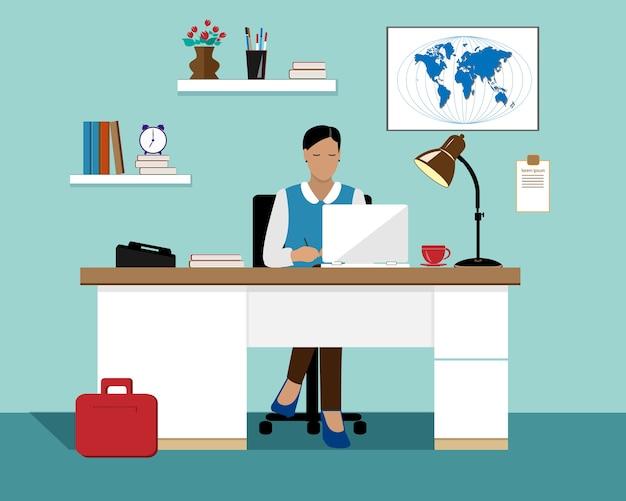 Деловая женщина с ноутбуком, работающим в ее офисе. Premium векторы