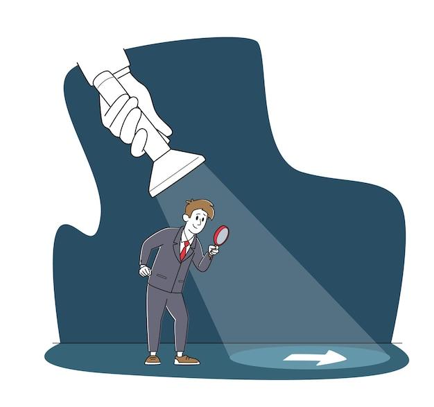 Бизнесмен персонаж с увеличительным стеклом, руководствуясь огромной рукой, держащей фонарик, раскрывая знак стрелки на полу