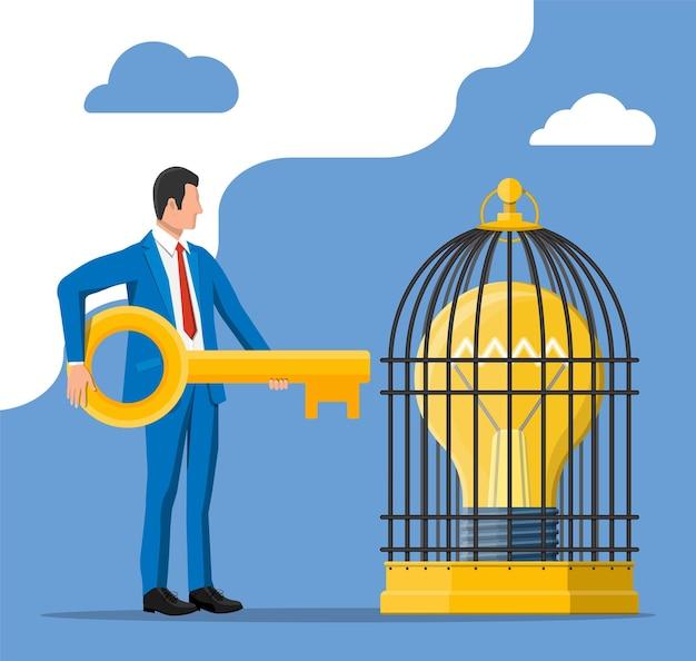 사업가는 내부에 큰 전구가 있는 새장을 여는 열쇠를 가지고 있습니다. 창의적인 아이디어나 영감의 개념, 사업이 시작됩니다. 나선형과 날개가 평평한 스타일의 유리 전구. 벡터 일러스트 레이 션