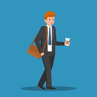 Бизнесмен, держа в руке чашку кофе и буду работать.
