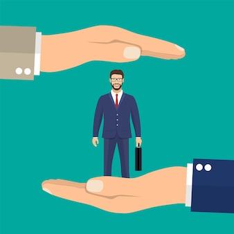 手のひらのビジネスマンはクライアントを保持します。