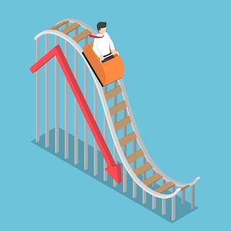 ビジネスマンは、落下グラフ、破産、金融危機の概念を持つジェットコースターに乗っています
