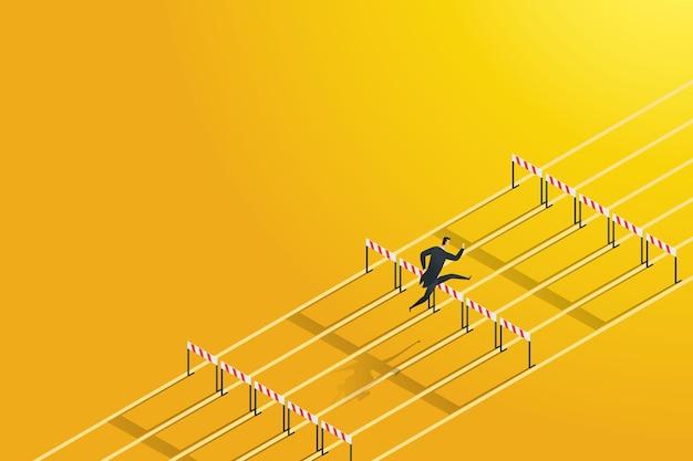ハードルを越えて高くジャンプするビジネスマンは障害リスクを克服しますハイビジネスレースの願望