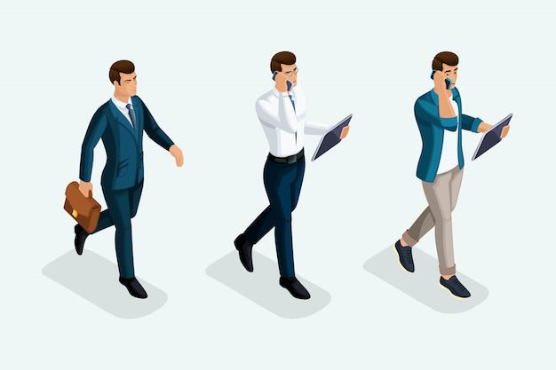 Бизнесмены идут вперед, вид спереди, эмоции, деловые переговоры по телефону. эмоциональные жесты людей