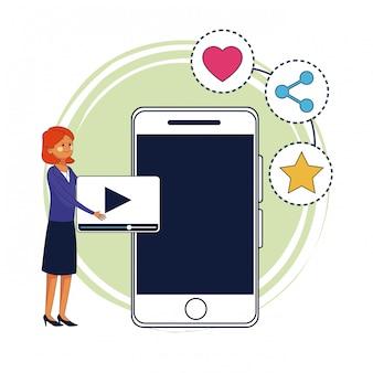 Предприниматель и цифровой маркетинг на смартфоне