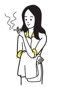 Деловая женщина расслабляется, курит сигарету во время перерыва с работы.
