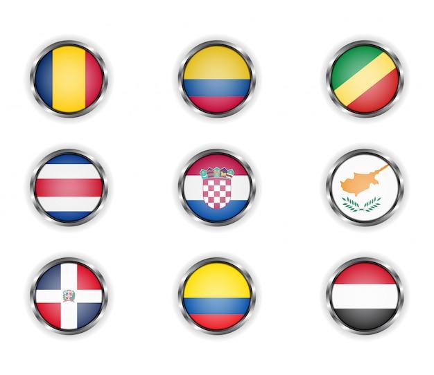 Кнопки с металлической рамкой флагов страны.