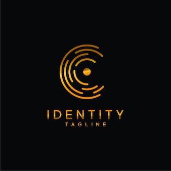 C логотип значок дизайн компании золотой логотип иллюстрации вектор шаблон