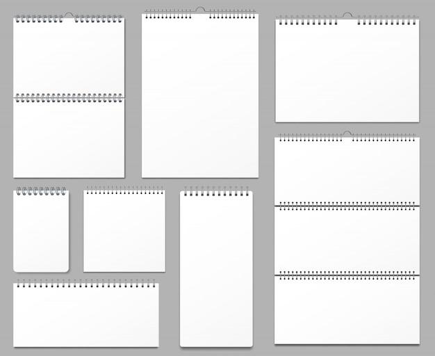 Календарь макет. настенные календари на металлической спирали, висящие страницы заметок и тетрадей 3d реалистичный набор иллюстраций