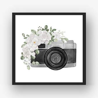 Фотоаппарат акварель с белым цветком гардении
