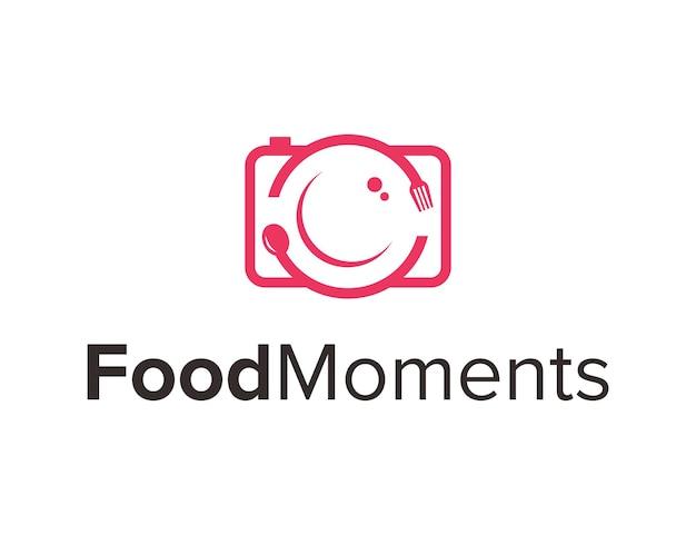 Фотоаппарат с вилкой и ложкой еда наброски простой гладкий современный дизайн логотипа вектор
