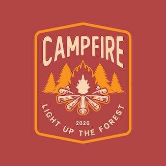 キャンプファイヤーロゴ
