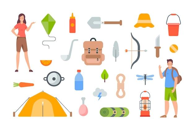 캠핑 및 하이킹 요소. 야외 모험을 위한 관광 장비 및 여행 액세서리. 흰색 바탕에 평면 벡터 개체입니다. 텐트, 삽, 기름 램프, 병, 칼, 음식