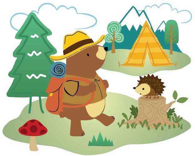 Кемпинг в лесу с забавным медведем