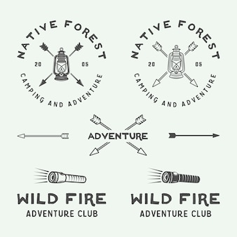 キャンプアウトドアと冒険のロゴセット