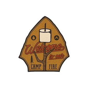 キャンプ場のロゴエンブレム。