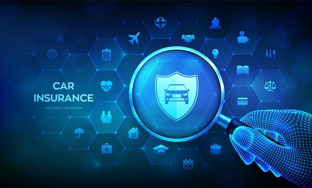 拡大鏡を手に持つ自動車保険のコンセプト。車の保護と安全の保証。虫眼鏡と仮想画面上のインフォグラフィック。
