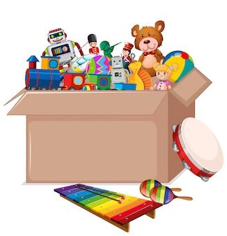 Картонная коробка, полная игрушек на белом