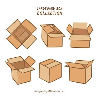 Raccolta di scatole di cartone per la spedizione
