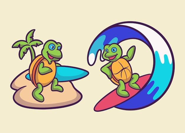 漫画の動物デザインのカメはサーフボードとサーフタートルのかわいいマスコットのロゴをもたらします