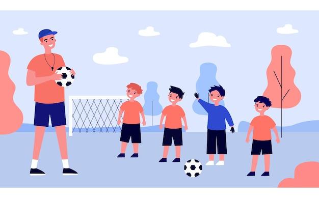 漫画のコーチのトレーニングとサッカーをしている子供たちの指導
