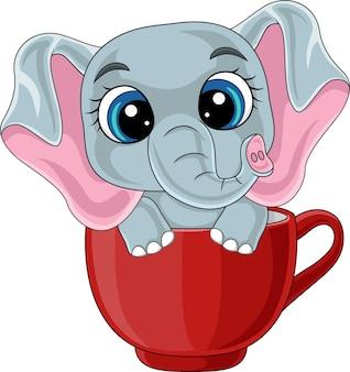赤いカップに座っている漫画かわいい象の赤ちゃん