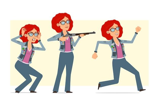メガネとジーンズのジャケットの漫画フラット面白い赤毛ヒッピー女性キャラクター。散弾銃から走って撃っている女の子。