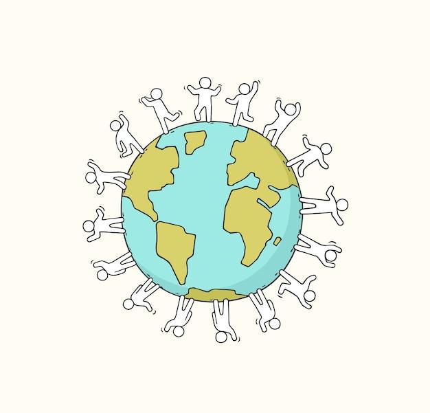 전 세계에 서있는 만화 행복 한 작은 사람들. 화합과 행성에 대한 귀여운 미니어처 장면을 낙서하십시오. 손으로 그린 그림.