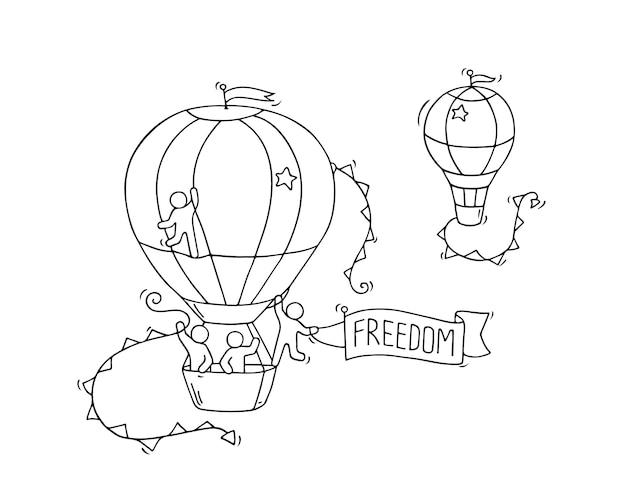 漫画の小さな人々が空を飛ぶ。気球で労働者のかわいいミニチュアシーンを落書き