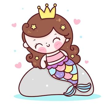 Мультяшная русалка-принцесса сидит на скале в стиле каваи