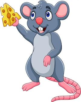 Мультяшная мышь, показывающая кусочек сыра