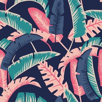 Cartoon palm leaves seamless pattern wallpaper