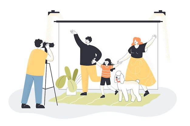 스튜디오에서 사진을 위해 포즈를 취하는 만화 부모, 아이, 개