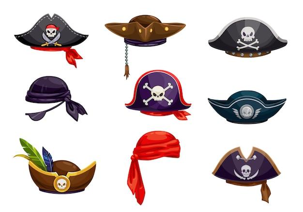 漫画の海賊バンダナとセーラートライコーンまたはコックドハットセット、ベクトルアイコン。メリーロジャーの旗、サーベル、羽の髑髏と骨が付いた海賊バッカニアまたはコルセアのカーニバルコスチューム帽子